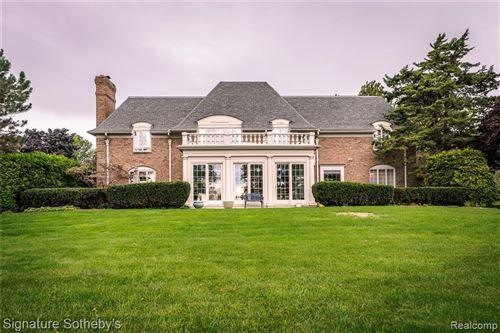 Photo of 777 LAKE SHORE RD, Grosse Pointe Shores, MI 48236-1554 (MLS # 40110753)