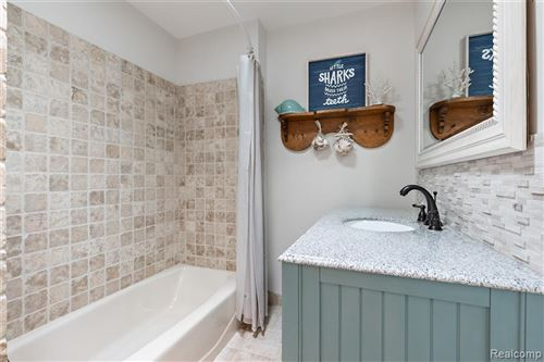 Tiny photo for 3939 OAKLAND DR, Bloomfield Hills, MI 48301-3254 (MLS # 40071755)