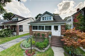 Photo of 1233 BEACONSFIELD AVE, Grosse Pointe Park, MI 48230-1056 (MLS # 21644764)