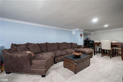 Tiny photo for 820 Hilldale, Royal Oak, MI 48067 (MLS # 50023764)