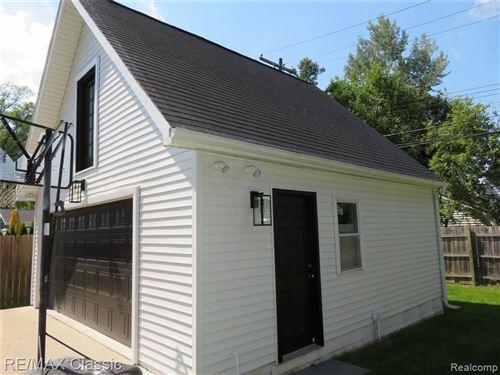 Tiny photo for 1481 E LINCOLN ST, Birmingham, MI 48009-7108 (MLS # 40184765)