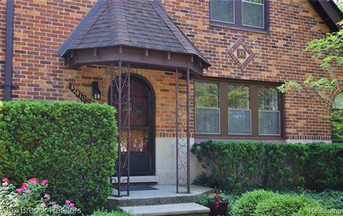 Tiny photo for 32410 SHERIDAN DR, Beverly Hills, MI 48025-4253 (MLS # 40194766)