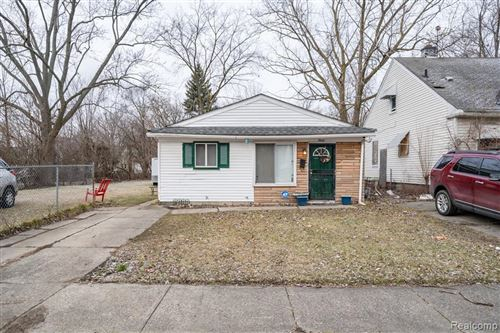 Photo of 7829 MANSFIELD ST, Detroit, MI 48228-4816 (MLS # 40139770)