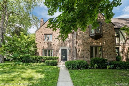 Photo of 17107 MAUMEE AVE, Grosse Pointe, MI 48230-1534 (MLS # 40076771)