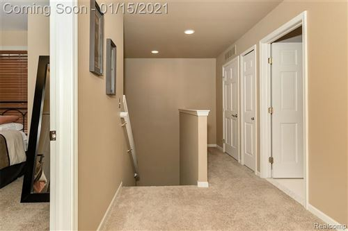 Tiny photo for 513 MACWILLIAMS LN, Royal Oak, MI 48067-4535 (MLS # 40136778)