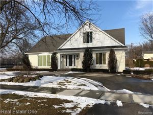 Photo of 584 COVENTRY LN, Grosse Pointe Woods, MI 48236- (MLS # 30770779)