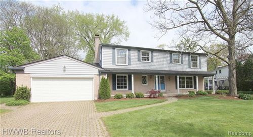Photo of 31305 DOWNING PL, Beverly Hills, MI 48025-5238 (MLS # 40170780)