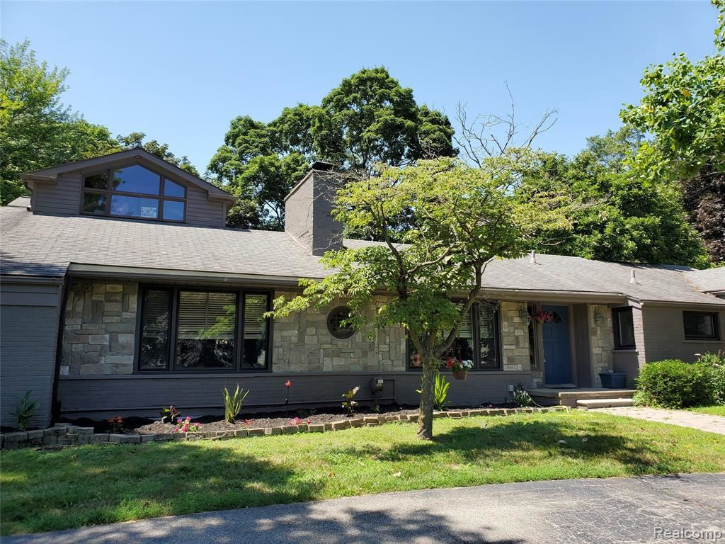 Photo for 6730 HALYARD RD, Bloomfield Township, MI 48301- (MLS # 30784780)