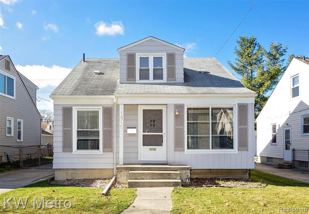 Photo for 1915 CENTRAL ST, Ferndale, MI 48220-1226 (MLS # 40122780)