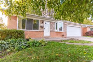 Photo of 25565 MASCH AVE, Warren, MI 48091-1408 (MLS # 30776781)