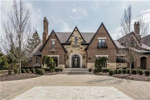 Photo of 1310 ORCHARD RIDGE RD, Bloomfield Hills, MI 48304-2647 (MLS # 21586788)