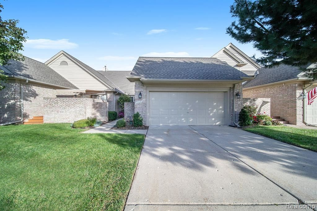 Photo of 42682 CHRISTINA DR, Sterling Heights, MI 48313- (MLS # 30776791)
