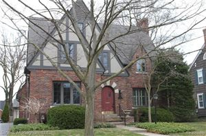 Photo of 466 LINCOLN RD, Grosse Pointe, MI 48230-1609 (MLS # 21647794)