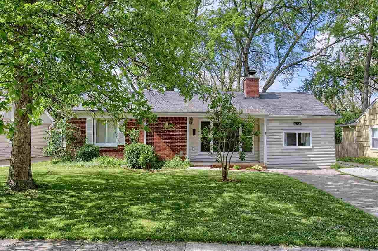 Photo for 15708 Kirkshire Ave, Beverly Hills, MI 48025 (MLS # 50012795)