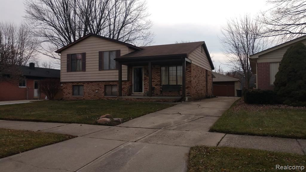 22840 EDGEWATER ST, Saint Clair Shores, MI 48082-2034 - #: 40015798