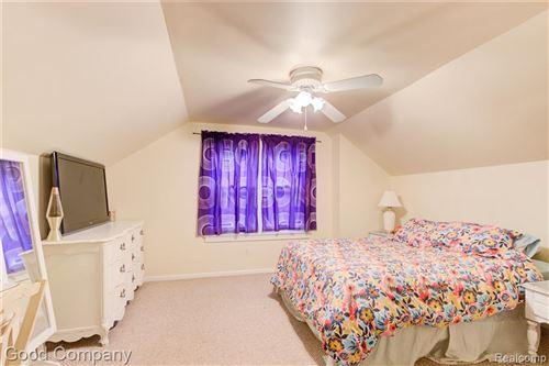 Tiny photo for 2315 MIDDLESEX AVE, Royal Oak, MI 48067-3907 (MLS # 40244801)