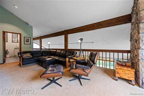 Tiny photo for 19911 OLD POND CRT, Beverly Hills, MI 48025 (MLS # 40193805)