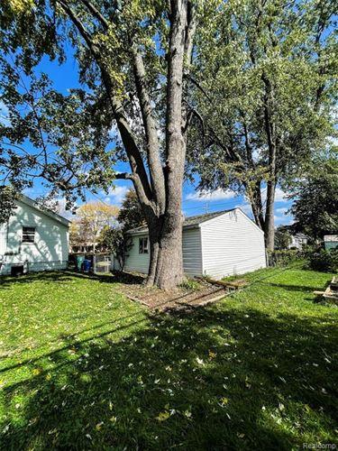 Tiny photo for 450 E TROY ST, Ferndale, MI 48220-2852 (MLS # 40244806)