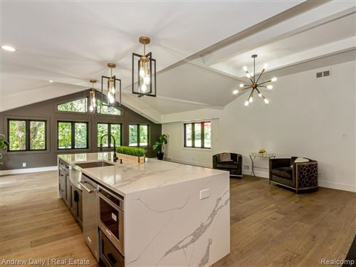 Tiny photo for 32605 EASTLADY DR, Beverly Hills, MI 48025-2709 (MLS # 40086809)