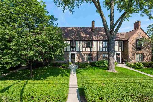 Photo of 17121 Maumee Ave, Grosse Pointe, MI 48230 (MLS # 50024813)