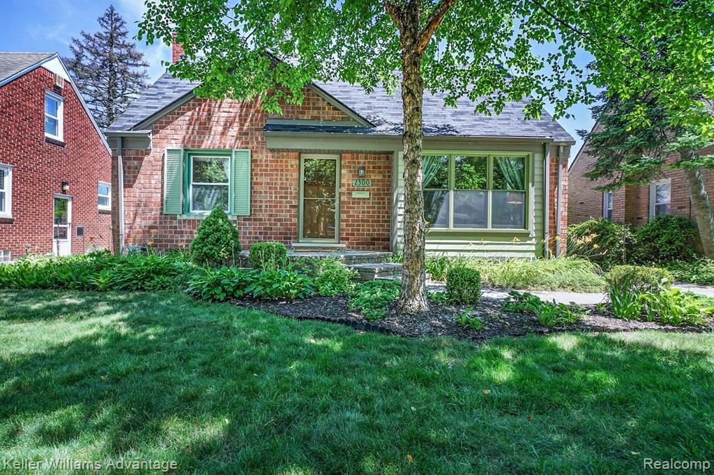Photo for 2300 N WILSON AVE, Royal Oak, MI 48073-4271 (MLS # 40072816)