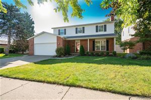 Photo of 14360 ALGER AVE, Warren, MI 48088-5807 (MLS # 30773821)