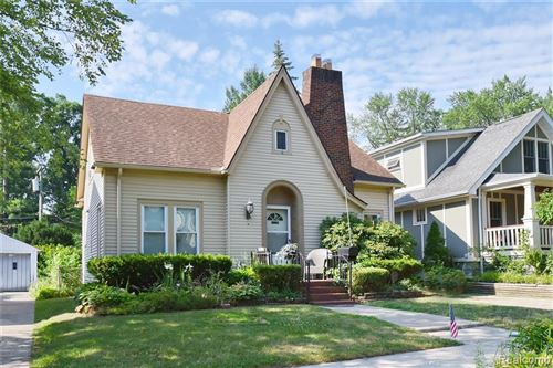 Photo of 651 W CAMBOURNE ST, Ferndale, MI 48220-1261 (MLS # 40076827)