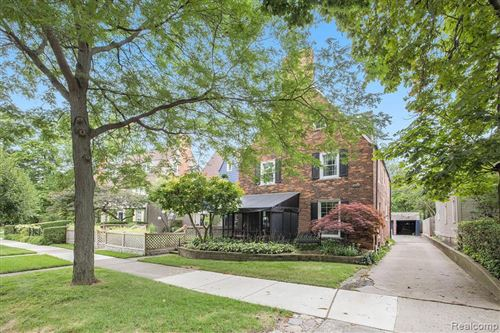 Photo of 414 RIVARD BLVD, Grosse Pointe, MI 48230-1629 (MLS # 40023832)