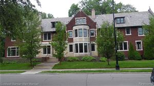 Photo of 43 MCKINLEY PLC, Grosse Pointe, MI 48236-3715 (MLS # 21618833)