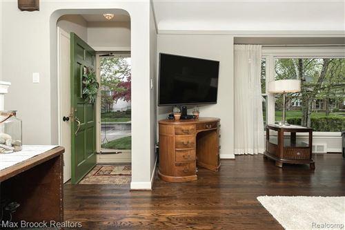 Tiny photo for 2235 MAPLEWOOD AVE, Royal Oak, MI 48073-3830 (MLS # 40168833)