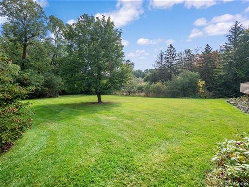Tiny photo for 2565 LAHSER RD, Bloomfield Hills, MI 48304-1634 (MLS # 40243836)