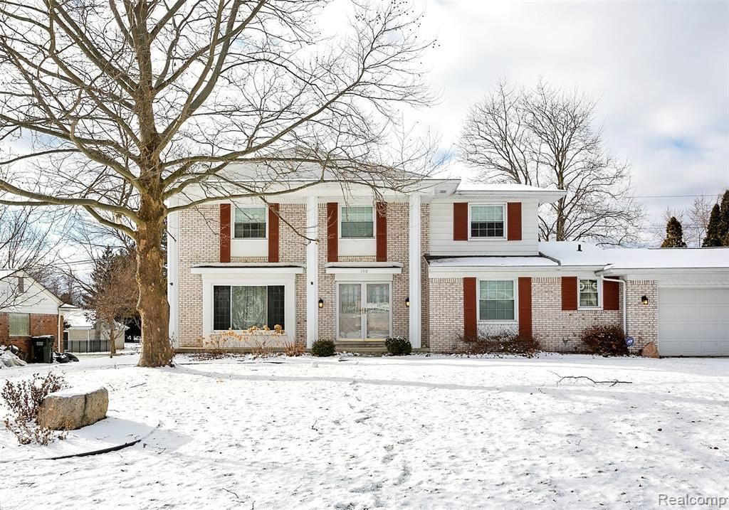 Photo of 196 CLAIR HILL DR, Rochester Hills, MI 48309-2108 (MLS # 40014838)