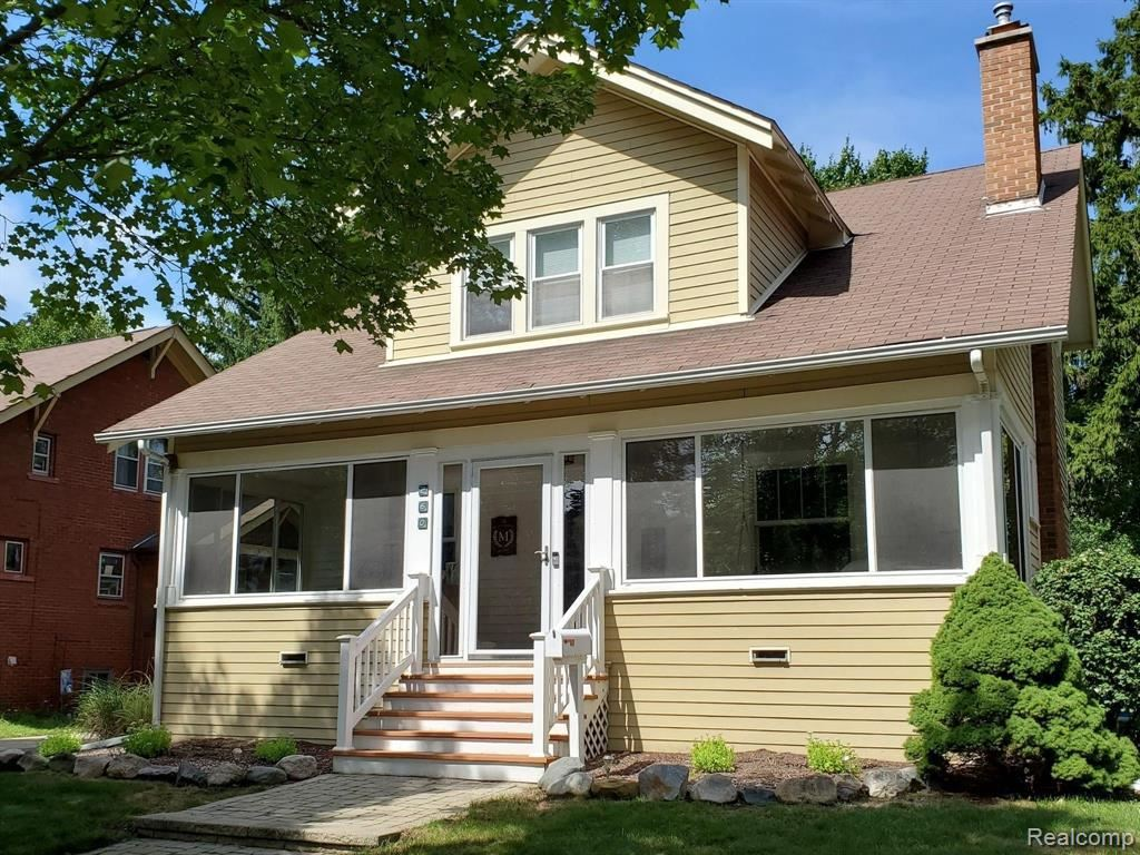 Photo for 260 W DRAYTON ST, Ferndale, MI 48220-2737 (MLS # 40099842)