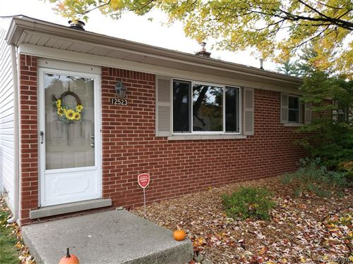 Photo of 12523 CLINTON RIVER, Sterling Heights, MI 48313- (MLS # 40005846)