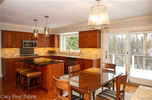 Tiny photo for 205 NORCLIFF DR, Bloomfield Hills, MI 48302-1557 (MLS # 40134849)
