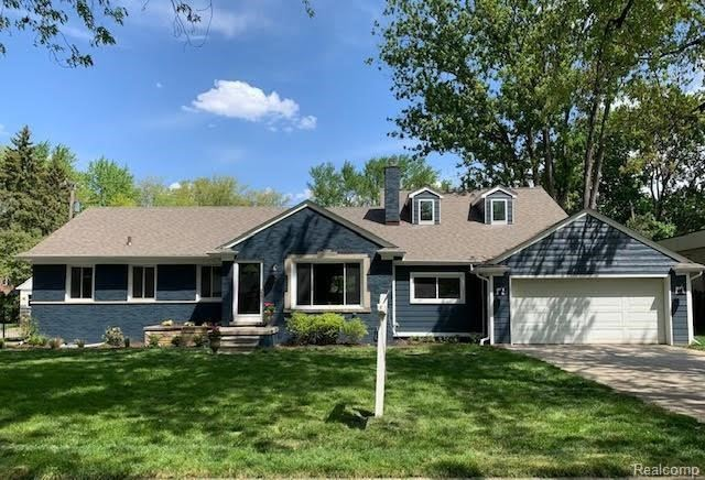 Photo for 18244 BEVERLY RD, Beverly Hills, MI 48025-4002 (MLS # 40169849)