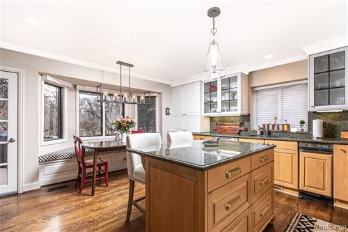 Tiny photo for 21901 DOVER CRT, Beverly Hills, MI 48025-2664 (MLS # 40130870)
