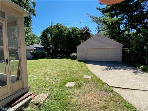 Tiny photo for 14 MAYWOOD AVE, Pleasant Ridge, MI 48069-1230 (MLS # 40228872)