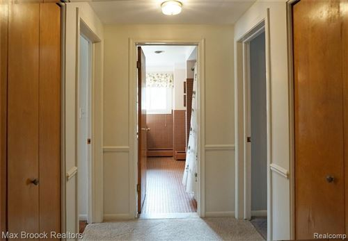 Tiny photo for 3623 DARCY DR, Bloomfield Hills, MI 48301-2126 (MLS # 40038878)