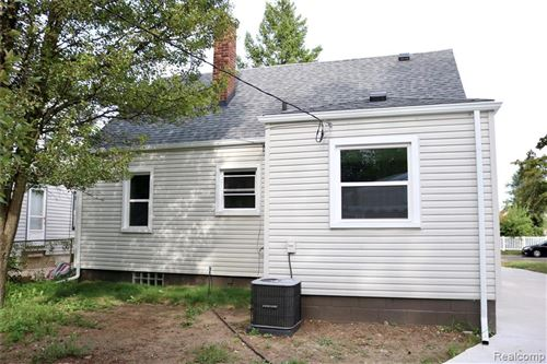 Tiny photo for 3301 CHESTER ST, Ferndale, MI 48220-1163 (MLS # 40095890)