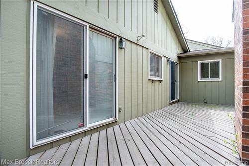 Tiny photo for 5580 N ADAMS WAY, Bloomfield Township, MI 48302-4002 (MLS # 40169890)