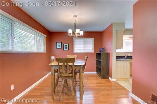 Tiny photo for 4203 S FULTON PL, Royal Oak, MI 48073-6359 (MLS # 40184891)
