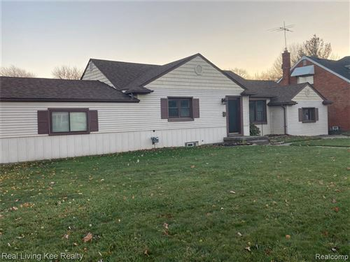 Photo of 19852 MARTIN RD RD, Saint Clair Shores, MI 48081- (MLS # 40122895)
