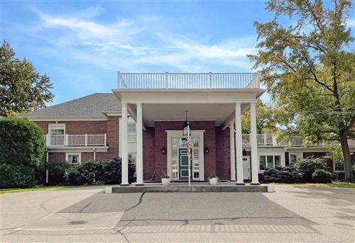 Photo of 17111 E Jefferson #10, Grosse Pointe, MI 48230 (MLS # 50056907)