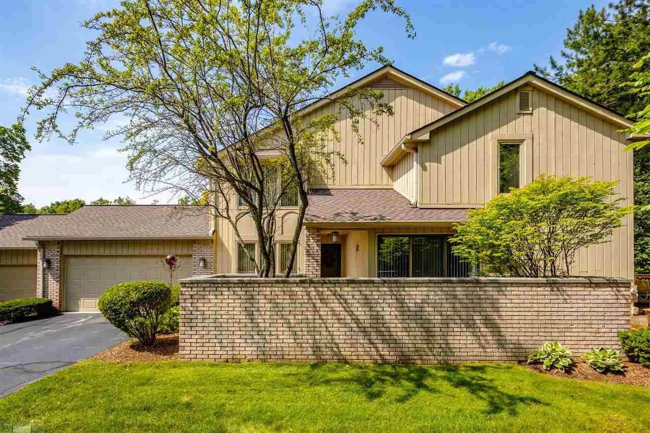Photo for 1126 Timberview Trail, Bloomfield Township, MI 48304 (MLS # 50048907)