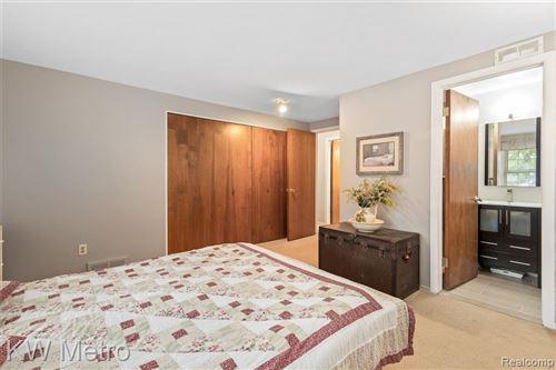 Tiny photo for 18787 WALMER LANE, Beverly Hills, MI 48025-5252 (MLS # 40238909)