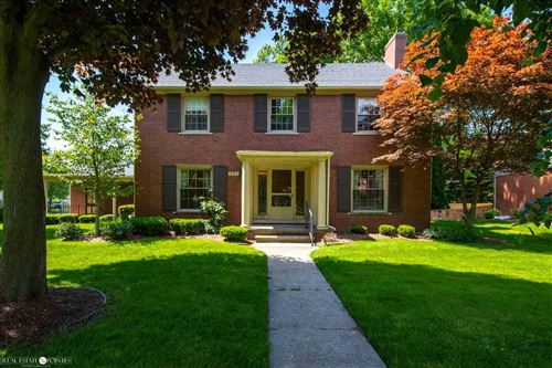 Photo of 151 Lewiston Road, Grosse Pointe Farms, MI 48236 (MLS # 50002911)