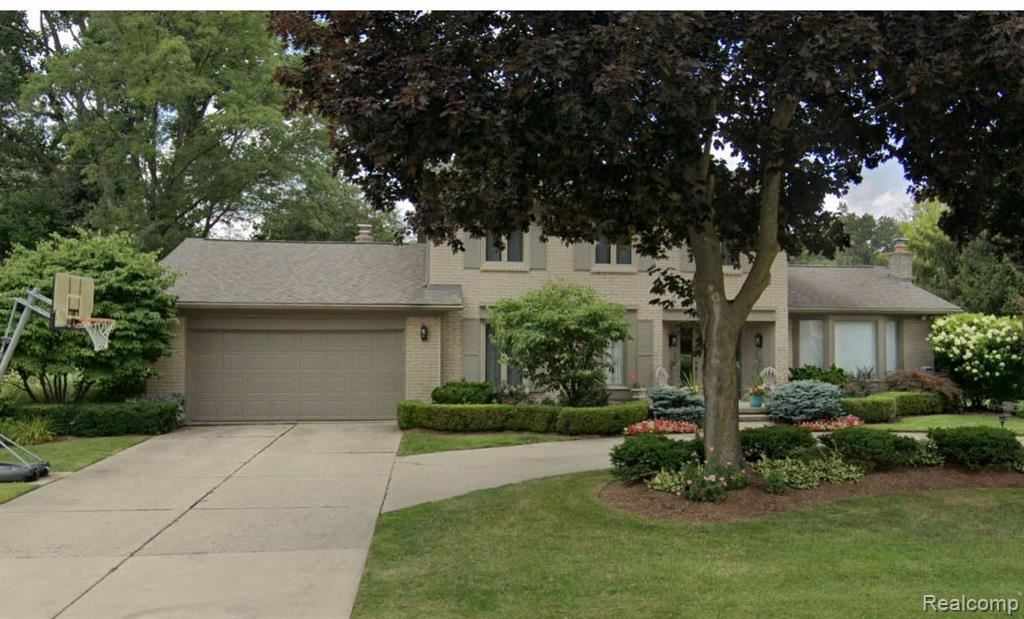 Photo for 6891 VACHON DR, Bloomfield Hills, MI 48301-2942 (MLS # 40040915)