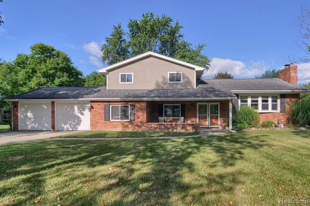 7322 GREEN VALLEY DR, Grand Blanc, MI 48439-8194 - MLS#: 40097924