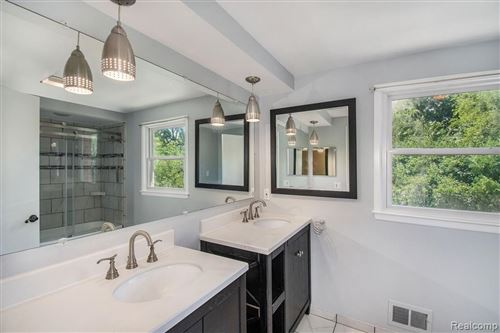 Tiny photo for 21617 MEADOW LN, Beverly Hills, MI 48025-4851 (MLS # 40102928)
